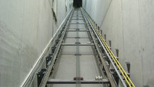 IPT® System für einen Aufzug in Bürokomplex