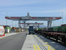 Containerkran (Road-to-Rail)