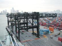 Containerkran (Ship-to-Shore)