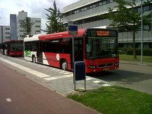 Elektrobus mit induktivem Gelegenheitsladen im Linieneinsatz
